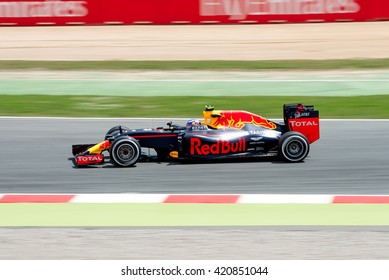 BARCELONA - MAY 13: Max Verstappen drives the Red Bull Racing car on track for the Spanish Formula One Grand Prix at Circuit de Catalunya on May 13, 2016 in Barcelona, Spain.