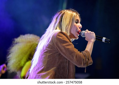 BARCELONA - MAY 23: Sweet California (girl band) at Primavera Pop Festival by Los 40 Principales on May 23, 2014 in Barcelona, Spain.