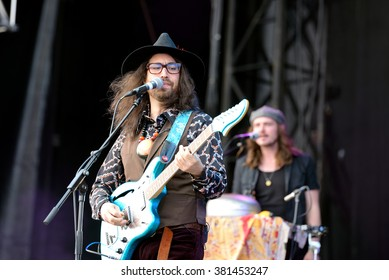 BARCELONA - MAY 30: The Ghost of a Saber Tooth Tiger (band) performs at Primavera Sound 2015 Festival on May 30, 2015 in Barcelona, Spain.