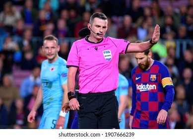 BARCELONA - NOV 5: The referee Michael Oliver at the Champions League match between FC Barcelona and Slavia Praha at the Camp Nou Stadium on November 5, 2019 in Barcelona, Spain.