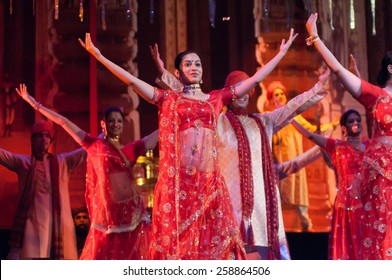 """BARCELONA - OCT 28: Bollywood arrives to Barcelona with the musical """"Bollywood Love Story"""" performed at Theatre Victoria on October 28, 2009 in Barcelona, Spain."""