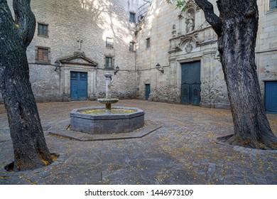 Barcelona, Sant Felip Neri, small square in Gothic quarter.