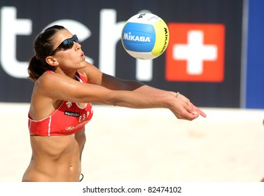 BARCELONA - SEPT 10: Spanish beach Volley player Ester Ribera  in action during a match of the Swatch FIVB Beach Volley World Tour'09 at monjuich September 10, 2009 in Barcelona, Spain