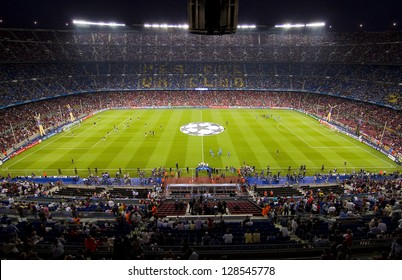 barcelona football stadium images stock photos vectors shutterstock https www shutterstock com image photo barcelona september 13 crowd people camp 128545778