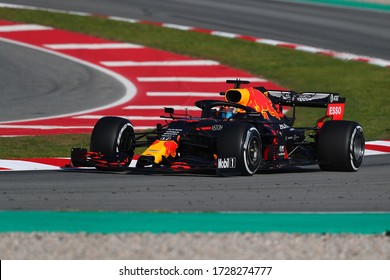 Barcelona, Spain. 28th February 2020 . Formula 1 pre-season test. Alexander Albon of Thailand and Aston Martin Red Bull Racing RB16  during day six of of F1 Winter Testing