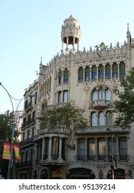 BARCELONA, SPAIN - AUG 3: Traditional Barcelona street light at Plaza Real, on Aug 3, 2008, Barcelona, Spain