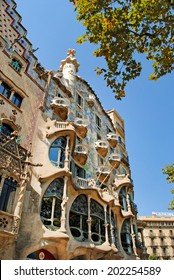 BARCELONA, SPAIN - AUGUST 12: Casa Batllo on August 12, 2011 in Barcelona, Spain. This famous building was designed by Antoni Gaudi, included in the list of UNESCO.