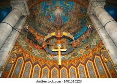 BARCELONA, SPAIN- DECEMBER 17, 2011: The interior of the Tibidabo church/temple, at the top of tibidabo hill, Barcelona, Spain