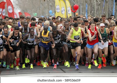 BARCELONA, SPAIN - FEB, 12: Elite runners on the start of Barcelona Half Marathon at the Barcelona streets on February 12, 2017 in Barcelona Spain