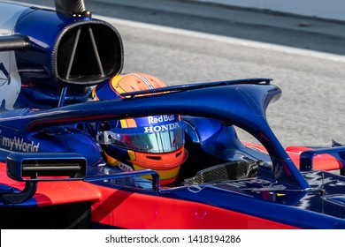 Barcelona, Spain. Feb 28th, 2019 - Alexander Albon of Thailand with 23 Scuderia Toro Rosso on track at F1 Winter Test at Circuit de Catalunya.