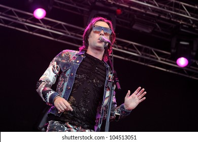 BARCELONA, SPAIN - JUNE 1: Rufus Wainwright band performs at San Miguel Primavera Sound Festival on June 1, 2012 in Barcelona, Spain.