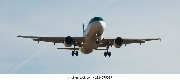 BARCELONA, SPAIN - MARCH 09, 2017:  Aer Lingus plane landing in El Prat Airport on time. Barcelona, Spain