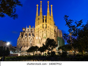 BARCELONA, SPAIN - MAY 12: Sagrada Familia at night on May 12, 2013 in Barcelona, Spain. The impressive cathedral designed by Antoni Gaudi is being built since 1882 and is not finished yet
