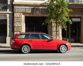 Red Volvo Images Stock Photos Vectors Shutterstock
