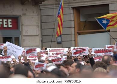 BARCELONA, SPAIN – NOVEMBER 8, 2017: Catalans protesting during general strike in front of the Palau de la Generalitat de Catalunya