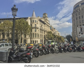 BARCELONA, SPAIN - OCTOBER 10, 2015: View of Square of Catalonia (Placa de Catalunya) in Barcelona, Spain.