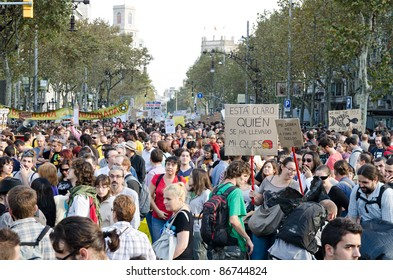BARCELONA, SPAIN - OCTOBER 15: More than 200.000 of citizens mobilize against the alliance between politicians and the financial elites and for a global change on October 15, 2011 in Barcelona, Spain.