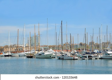 BARCELONA, SPAIN-APRIL 13: Marina in port Vell on April 13, 2009 in Barcelona. 6.5 million visitors were in Barcelona in 2009 and 69% of them - foreigners