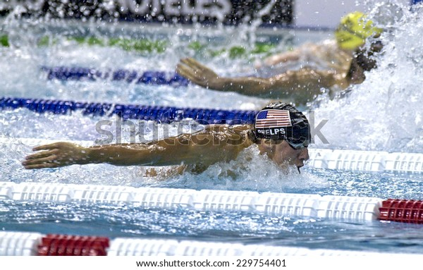 BARCELONA, SPAIN-SEPTEMBER 08, 1999: USA michael phelps competing during the 400 meters mixed final of the Swimming World Championship, in Barcelona.