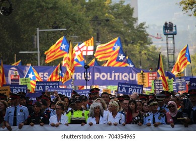 BARCELONA/SPAIN - 26 AUGUST 2017:  Massive participation at the protest against terrorism in Barcelona, with over 500.000 people against terrorism and against the monarchy.  Credit: Dino Geromella