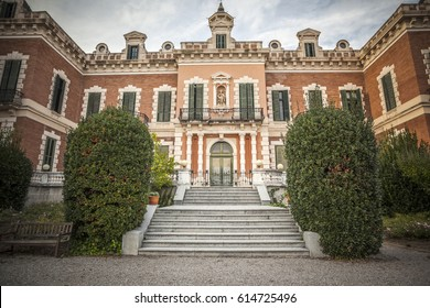BARCELONA,SPAIN-OCTOBER 16,2015: Classic architecture, building, palace in Gardens of Palau de les Heures.Barcelona.