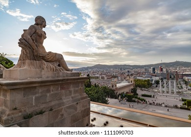BARCELONA,SPAIN-SEPTEMBER 3,2011: General city view from lookout in Montjuic park, National palace.Barcelona.