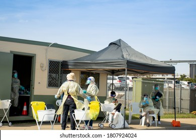 Barden Ridge, Australia - 2020-09-02 Medical staff waiting at COVID-19 drive through testing clinic. NSW, Australia.