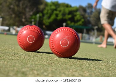 Barefoot bowls on the island