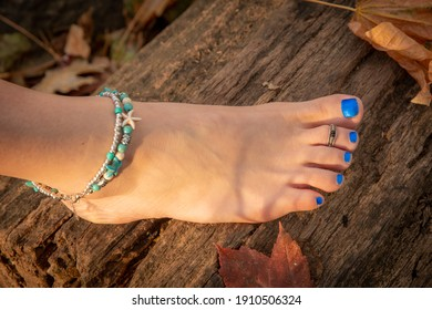 Barefoot girl in Autumn boho style