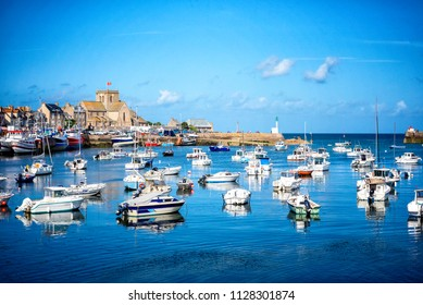 Barfleur: Fishing boats in the harbour of Barfleur in Normandy, France