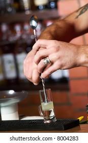 barman, hands