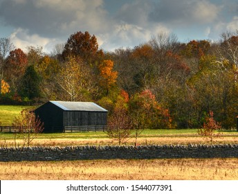 Barn with beautiful fall colors