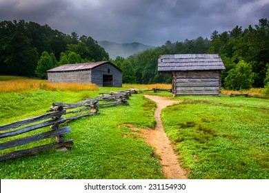 Barn and log cabin at Cade's Cove, Great Smoky Mountains National Park, Tennessee.