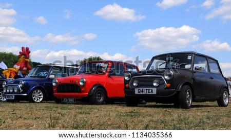 Barnet London Uk 07082018 2000 Rover Stock Photo Edit Now