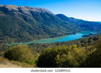 barrea lake uncontaminated nature national park abruzzo italy national park abruzzo italy