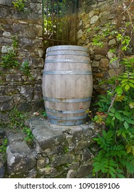 barrel of vine