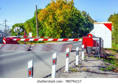 The barrier on the road and Arrangement of railroad crossing fence
