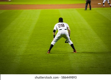 Baseball player, waiting for the pitch