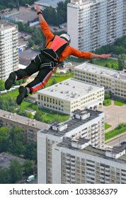 base-jumping jump from a height of 350 meters