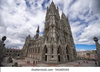 basilica de voto nacional Quito a neogothic style architecture