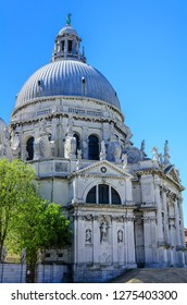Basilica of Santa Maria della Salute ( Basilica di Santa Maria della Salute).Spectacular domed baroque church with unique octagonal design & sacristy housing 12 works by Titian.Venice,Italy