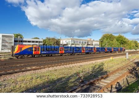 54078c423f6 Basingstoke, UK. 8th October 2017. A class 450 Desiro train in South West