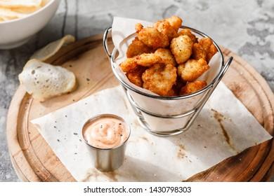 basket of fried chicken meat