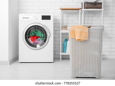 Basket and washing machine with laundry indoors