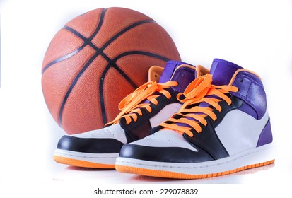 Basketball shoes  with Basketball