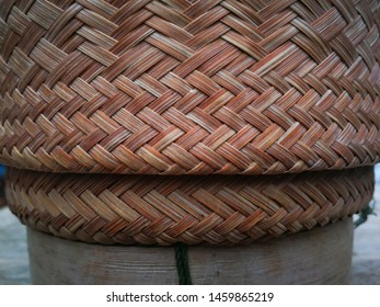 Basketry made of bamboo , Weave bamboo