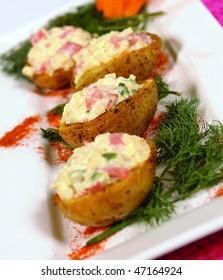Baskets with fish and tuna salad