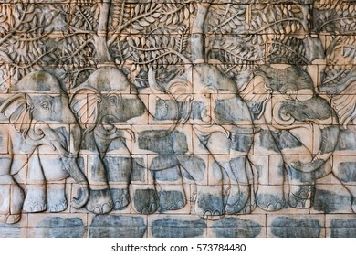 Bas-relief with the image thailand elephants