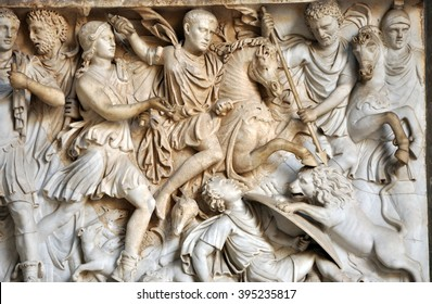 Bas-relief and sculpture of ancient Roman soldiers