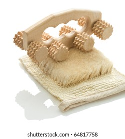 bast with wooden massager